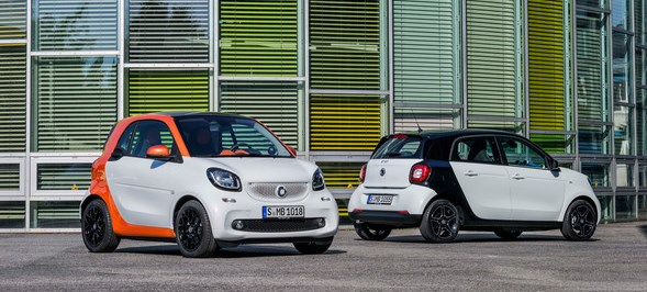 smart fortwo, BR C453, 2014Bodypanels in white, tridion Sicherheitszelle in lava orange (metallic)Body panels in white, tridion safety cell in lava orange (metallic)smart forfour, BR W453, 2014Karosserie in white, tridion Sicherheitszelle in blackBody in white, tridion safety cell in black