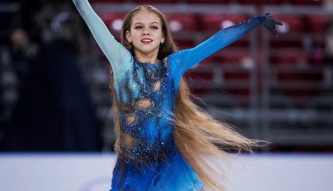 Alexandra Trusova: Fetita de 13 ani care scrie istorie in patinajul mondial VIDEO