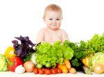 Ziua Alimentatiei: Ne indopam copiii pana devin obezi si aruncam zilnic o portie de mancare la gunoi