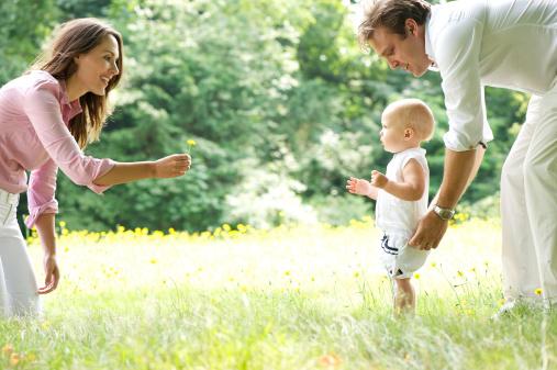 Generația de azi de părinți încearcă să facă o schimbare majoră în modul de educare a copiilor