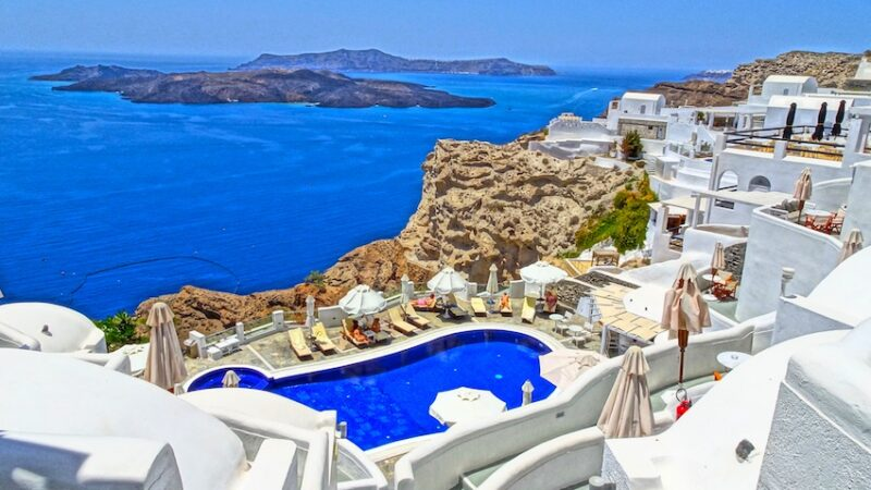 Toti turistii care calatoresc in Grecia trebuie sa completeze un formular de localizare a pasagerilor