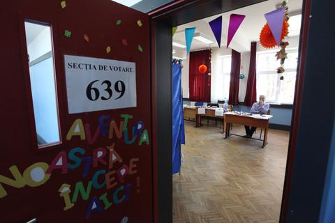 Şcoli din Capitală, închise aproape o săptămână, în perioada alegerilor locale