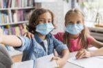 Doar 1 mască din 5 asigură protecţia copiilor împotriva coronavirus