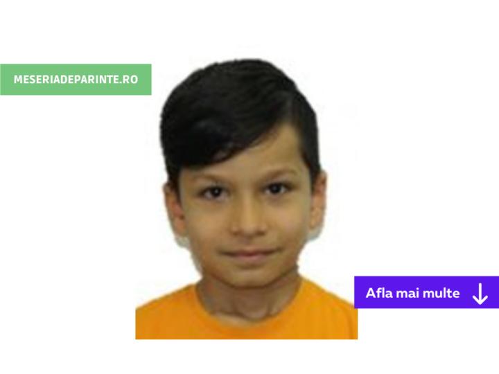 Un minor dat dispărut după ce a plecat din fața blocului. Poliția și familia îl caută